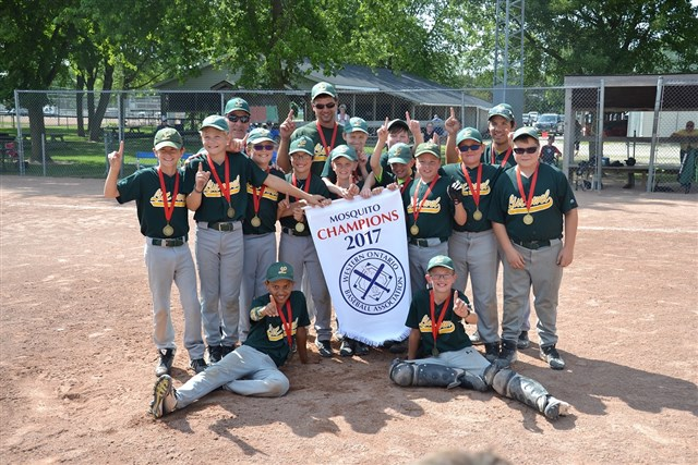 WOBA_2017_Mosquito_Div_1_Champs-Listowel_3.jpg